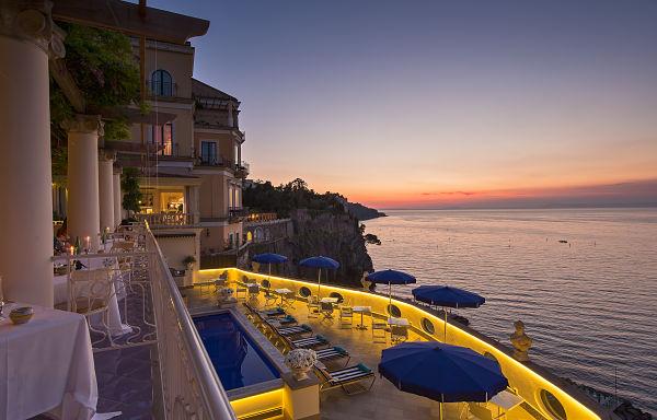 Δέκα ξενοδοχεία βγαλμένα από παραμύθι Ιταλία