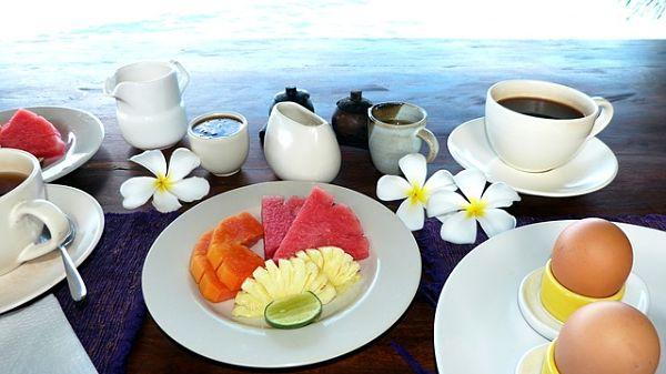 Ταξιδέψτε οικονομικά πρωινό