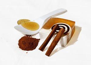 Φτιάξτε μόνοι σας φυσικά καλλυντικά στο σπίτι μάσκα μέλι
