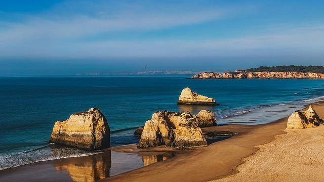 Αλγκάρβε, στην εντυπωσιακή νότια Πορτογαλία βράχια
