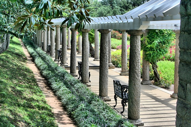 Οι μαγευτικοί κήποι της Ιαπωνίας πέργκολα