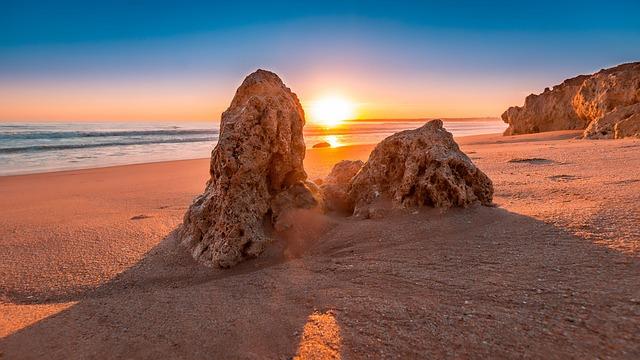 Αλγκάρβε, στην εντυπωσιακή νότια Πορτογαλία ηλιοβασίλεμα