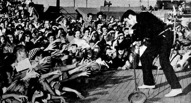 Έλβις Πρίσλεϊ: Ο απόλυτος βασιλιάς του ροκ εν ρολ