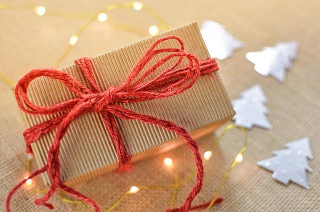 Οικονομικά δώρα χωρίς να ξοδέψετε πολλά χρήματα