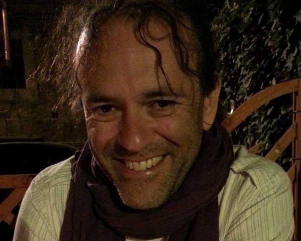 Ο αγαπημένος συνθέτης Νίκος Πλατύραχος στο Umano