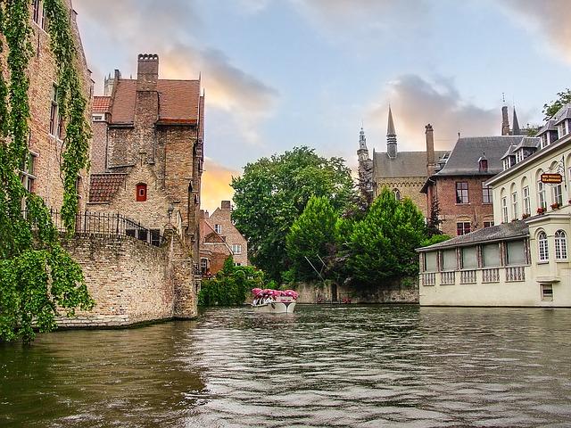 Ταξίδι στην πανέμορφη Μπριζ του Βελγίου