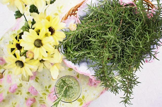Βότανα και μπαχαρικά για καλή υγεία