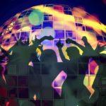 Οκτώ must τραγούδια για το αποκριάτικο πάρτι