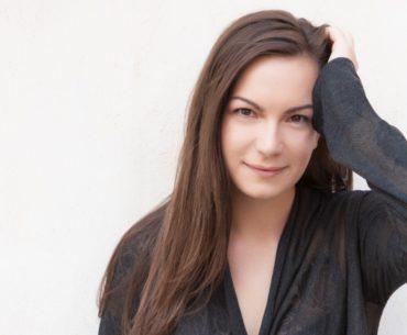 Η νέα μουσικός Κωνσταντίνα Πάλλα στο Umano