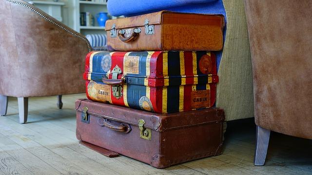 Ετοιμάζοντας τη βαλίτσα των διακοπών