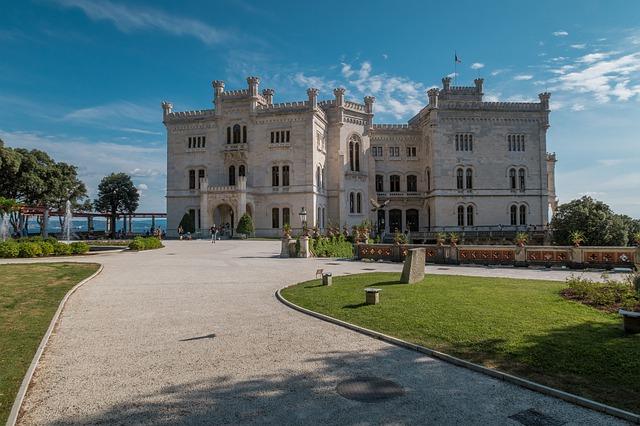 κάστρο Μιραμάρε