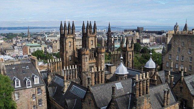 Οι πιο εντυπωσιακές μεσαιωνικές πόλεις της Ευρώπης