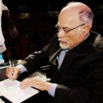 Ίρβιν Γιάλομ: Ο διάσημος ψυχαναλυτής της υπαρξιακής ψυχοθεραπείας