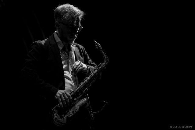 Streaming live sessions από το Half Note Jazz Club - Δημήτρης Τσάκας