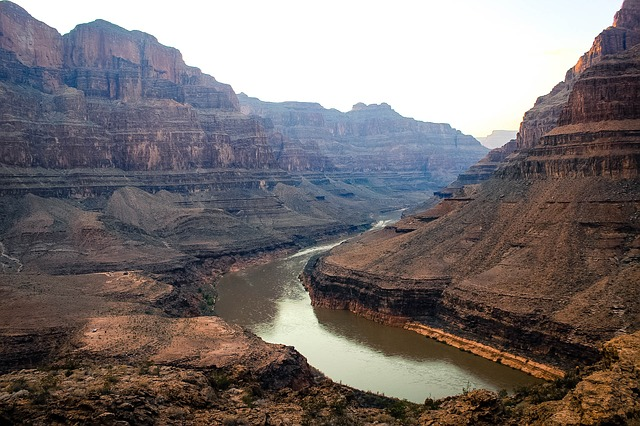 Γκραντ Κάνυον: Το Μεγάλο Φαράγγι στην Αριζόνα