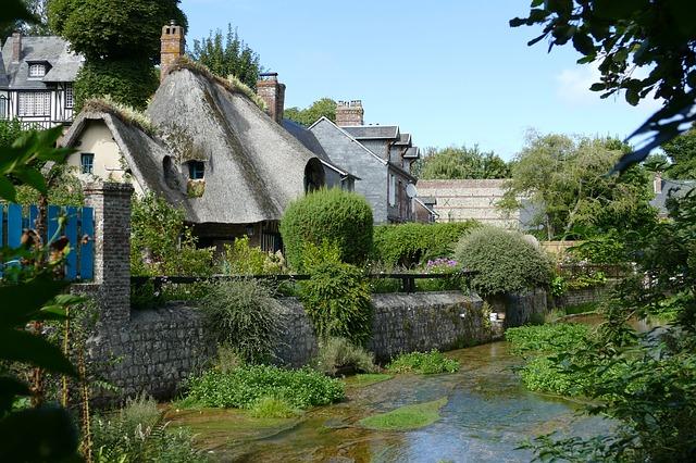 Εννέα εξαίρετα χωριά της γαλλικής επαρχίας-Veules les Roses